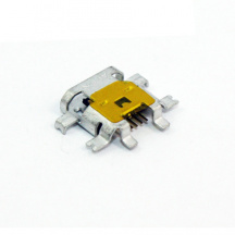 Micro USB konektor pro BlackBerry Torch 9800, 9810